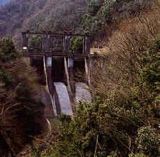 道志ダムと奥相模湖