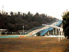 相模原市立小倉テニスコート、プール