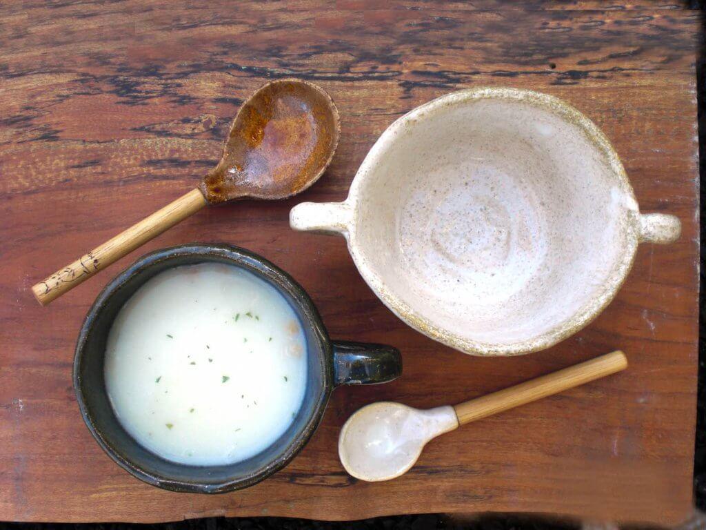 あたたかいスープのための器とスプーン作り
