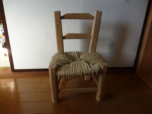 グリーンウッドワーク暮らしのものづくり講座 ゴッホの子ども椅子づくり体験