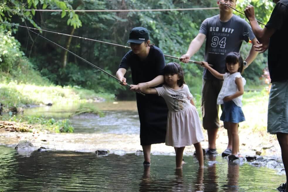 沢井川で里山ライフを体験!~水源地域を学ぶ~
