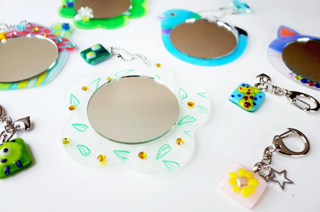 体験工房 夏限定季節メニュー 自由工房 ガラスフュージングで作る「アートミニミラー」と「キーホルダー」