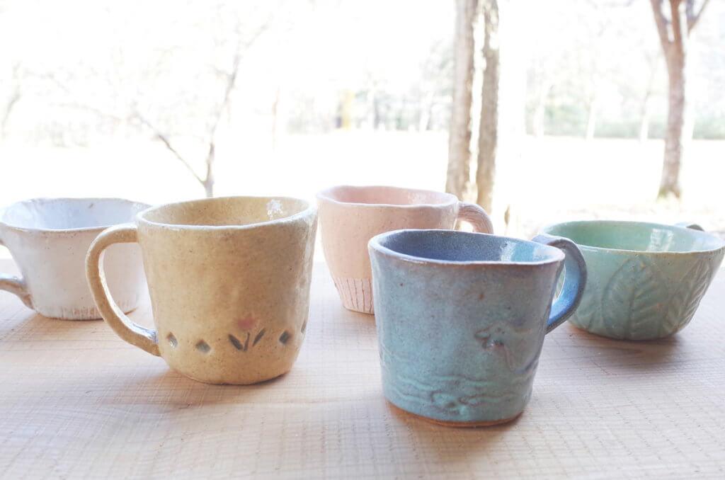 藤野芸術の家 アートで楽しむ春の新生活! 型で作るマグカップ